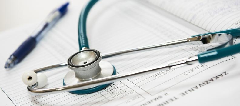 Reklama bez reklamy, czyli jak promować usługi medyczne zgodnie w prawem?
